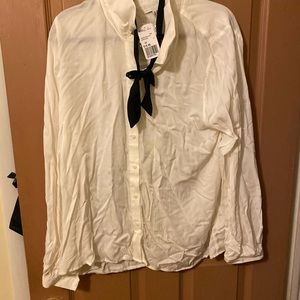 Button down blouse with bow